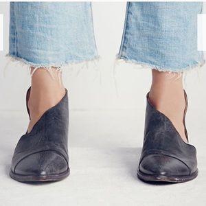 Free people royale flat boots sz 38